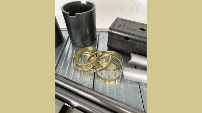 Produzione di componenti industriali metallici con taglio laser tubolare - 12